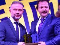 Ertürk'e Gecekondu Gecesi'nde Ödül