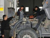Mamak Belediyesi, kendi aracını kendi onarıyor