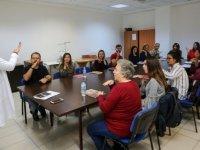 Yenimahalle'de işaret dili eğitimi