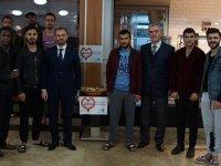İzmir'de üniversite öğrencilerinden 'askıda simit' projesi