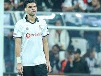 Beşiktaş'ta Pepe ile yollar ayrıldı