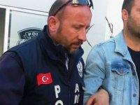 'Üzerimde döviz var, bana Türk Lirası lazım' diye binlerce lira dolandırdı
