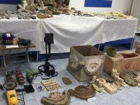 Konya'da tarihi eser kaçakçılarına operasyon