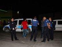 İki kadını darbedip, tabancayla yaraladı