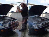 Motor yıkama aracı rahatlatır