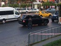 Okmeydanı'nda lüks cipe silahlı saldırı