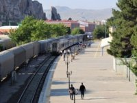 Tahran- Van treninin ilk yolcuları ulaştı