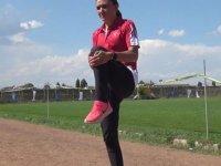 Tek ayakkabılı şampiyon Emine'nin yeni hedefi Avrupa'da altın