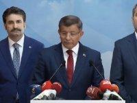 Davutoğlu: Yeni bir başlangıç için AK Parti'den istifa ediyorum