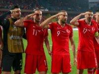 Türk futbolculara Alman mobingi