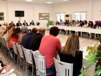 Büyükşehir Belediye Başkanı Mansur Yavaş mimarlarla buluştu