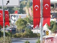 Gölbaşı Türk bayraklarıyla donatıldı