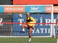 G.Saray'ın rakibi Real Madrid
