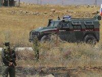 Rus askerleri Soçi mutabakatının ardından Fırat Nehri'ni geçerek Ayn El Arab'a girdi