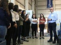 Genç kadınlar 'rüzgar'a yön verecek