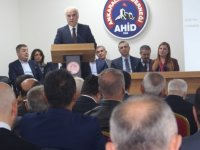 Başkent Ankara Meclisi'nin kurulunda Nevzat Ceylan yeniden başkan seçildi