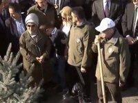 Ankara'da ilk fidanı Cumhurbaşkanı Erdoğan dikti