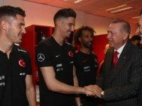 Cumhurbaşkanı Erdoğan milli maç sonu değerlendirmeler yaptı