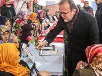 BİK Genel Müdürü Duran Diyarbakır annelerini ziyaret etti