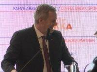 TÜSİAD'ın konferansında kriz: Kürsüden indi