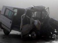 Araçlar hurda oldu: Ölü ve yaralılar var