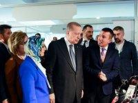 Cumhurbaşkanı Erdoğan Altındağ standını ziyaret etti
