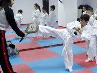 Yenimahalle'de bulunan Spor Akademisi büyüyor