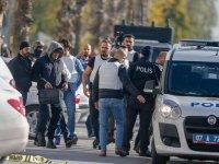 Antalya'da bir bankada silahlı soygun girişimi