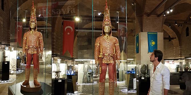 altin-elbiseli-adam,-anadolu-medeniyetler-muzesi,-kazak-tutankamon,,.jpg
