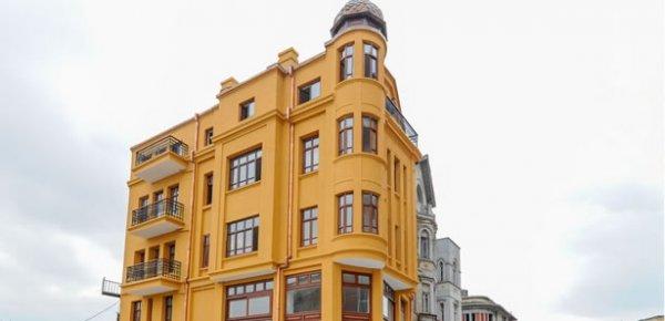 atlindag-belediyesi-tarafindan-restore-edilmis-erzurum--oteli.jpg