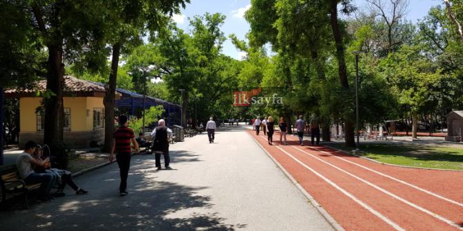 kurtulus-parki,-ankara'nin-en-buyuk-parklari,-cankaya-fidanlik-mahallesi,-kurtulus-metro-duragi,-sihhiye,-kolej-metro-duragi,,.jpg