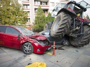 Ankara'da 'şüpheli traktör' ortalığı savaş alanına çevirdi!