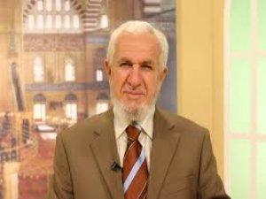 Yılbaşı kutlamak caiz mi:  Prof. Dr. Mustafa Cevat AKŞİT cevapladı