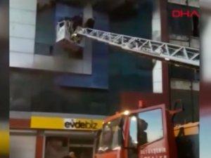 Ankara'da mobilyacılar sitesinde korkutan yangın! Valilikten açıklama geldi!