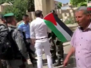 Milletvekili Tunahan Kuzu, Mescid'i Aksa önünde gözaltına alındı! işte o görüntüler