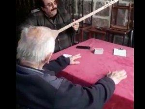 Ankara'nın bozlak ustası Mesut Akın