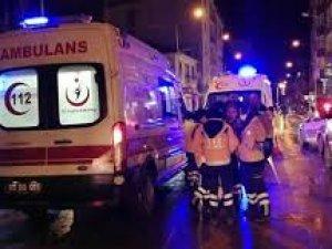 AVM'de facia: Ölü ve yaralılar var