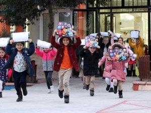18 milyon öğrencinin yarıyıl tatili başladı