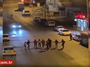 Ankara'da tepki çeken görüntü! Birlikte halay çektiler
