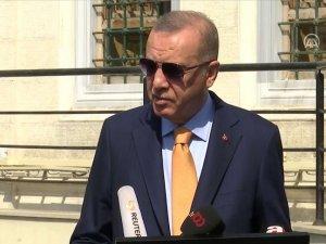 Cumhurbaşkanı Erdoğan'dan Cuma namazı çıkışı önemli açıklama