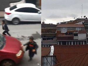Kısıtlamada sokaktaki çocukları polis sireniyle korkutarak evlerine soktu