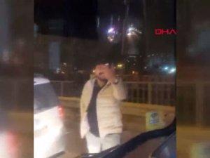 Bakırköy D-100 yan yolda İETT otobüsünün önünü kesip tehditler yağdırdılar