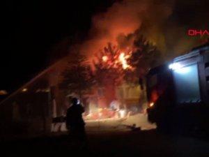 Kırıkkale'de iki katlı evde yangın