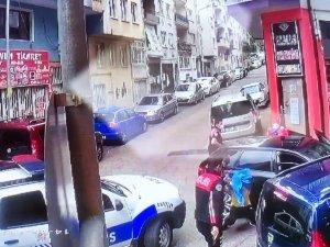 Bursa'da kovalamaca kazayla bitti; 1 polis yaralandı, o anlar kamerada