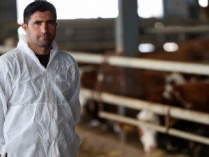 Çobanlıkla başladığı hayvancılıkta çiftlik sahibi oldu