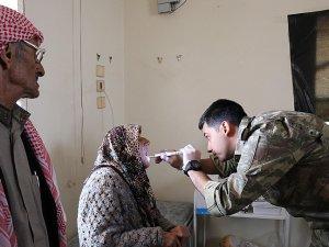 Mehmetçik Afrin'de yaraları sarıyor