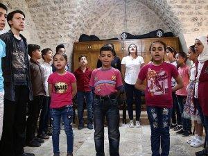 Sığınmacı çocuklar 'kültür elçisi' olacak
