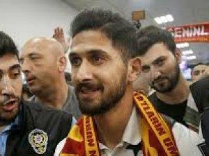 Emre Akbaba, Galatasaray için İstanbul'a geldi