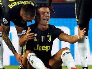 Cristiano Ronaldo kırmızı kart görünce ağladı! İşte o pozisyon..